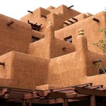 Sunwarmed adobe architecture - lovely!