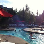 Four Seasons Resort and Residences Whistler resmi