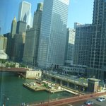 The Westin Chicago River North resmi