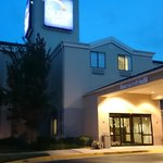 Photo de Sleep Inn Shady Grove