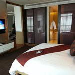Pullman Bangkok King Power resmi