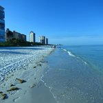 Foto de Vanderbilt Beach Resort