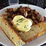 Eggs Benedict with home fries