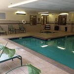 Foto van Country Inn & Suites Knoxville at Cedar Bluff