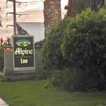 The Alpine Inn =D