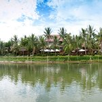 Vinh Hung Resort