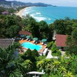 Foto de On the Hill Karon Resort
