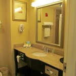 Φωτογραφία: Holiday Inn Express Hotel & Suites Columbus - Fort Benning