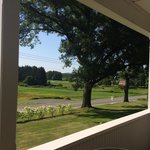 View from front porch- horses grazing across the street and birds chirping all around us. Perfec
