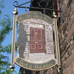 Brafferton Inn Sign