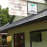 Photo de Ainsworth Hot Springs Guest House