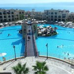Foto Crowne Plaza Jordan Dead Sea Resort & Spa