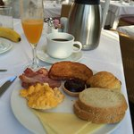 Thalassa beach resort breakfast