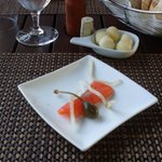 Mise en Bouche - Mouth watering smoked salmon / caper