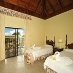 Gardenview Room - Double and Twin bed