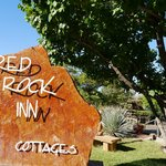 ภาพถ่ายของ Red Rock Inn Bed and Breakfast Cottages