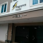 Fragrance Hotel - Ruby Foto