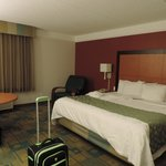 Photo de La Quinta Inn & Suites Winston-Salem