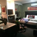 صورة فوتوغرافية لـ ‪Meriton Serviced Apartments Campbell Street‬