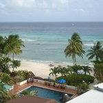 Foto de Coconut Court Beach Hotel