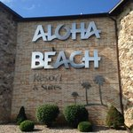 Aloha Beach Resort & Suites照片