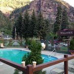 Twin Peaks Lodge & Hot Springs resmi