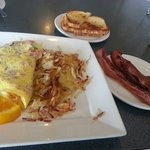 Denver omelet with hashbrowns, sourdough toast & a side of bacon.