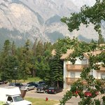 Banff Rocky Mountain Resort resmi