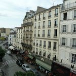 My Hotel in France Montmartre resmi
