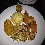 The large shrimp entree, which came with a garlic & a coconut curry spice sauce. Outstanding!