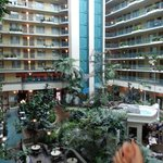 Embassy Suites Miami Airport resmi