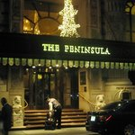 The Peninsula New York resmi