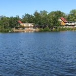 Currier's Lakeview Lodge resmi