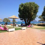 Photo de Geraniotis Beach Hotel