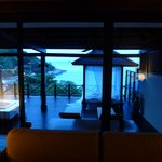 Tongsai Bay Cottages & Hotel resmi