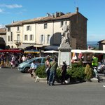 Gordes on market day