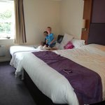 Premier Inn York North resmi