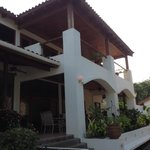 ภาพถ่ายของ Villa Alegre - Bed and Breakfast on the Beach