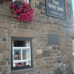 The Ship Inn resmi