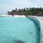 Foto de Diamonds Thudufushi Beach & Water Villas