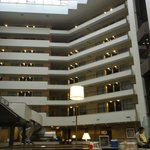 Photo de Sheraton Suites Philadelphia Airport