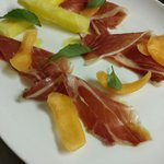 """Surryano"" Virginia ham plate with melon"