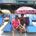 Photo de Ark Bar Beach Resort
