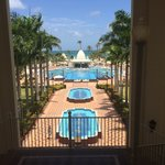 Water fountains, pools and swim up bar
