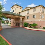 Days Inn Suites San Antonio North/Stone Oak