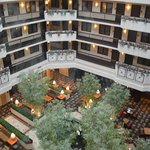 Φωτογραφία: Embassy Suites Dulles Airport
