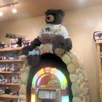 Juke Box and Store with Bear Items, Black Bear Diner, Milpitas, CA