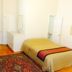 Private Apartment / Double & Single Beds / 4 People / Ensuite