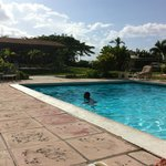 Orange Hill Beach Inn resmi