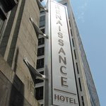 Exterior photo of the Renaissance Cincinnati Downtown Hotel